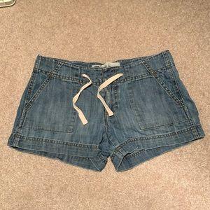 B2GOFREE 🍭Gap Shorts Sz2